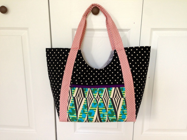Noodle-head poolside tote
